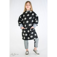 Пальто з горошинами